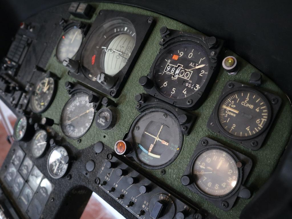cockpit di ab 206